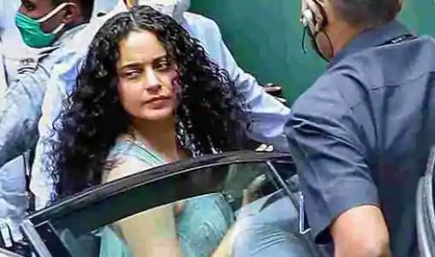 Mumbai court issues bailable warrant against Kangana on Javed Akhtar's complaint