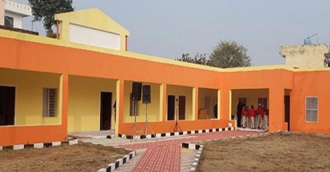 Kayakalp of  Government schools in Uttar Pradesh by migrant workers