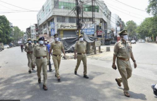 Corona curfew in Uttar Pradesh extended till May 6 morning