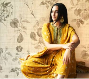 'It's all looks yellow': Sonakshi Sinha looks lovely in yellow