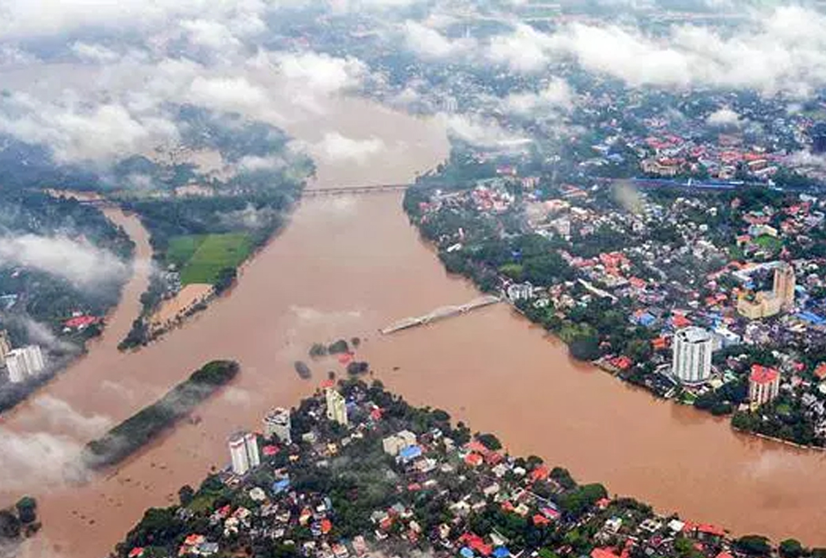 60 Dead In Flood-Hit Kerala,  losses due to floods at Rs. 6,000 crore
