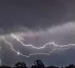 Rain and thunderstorm warnings in large parts of the country