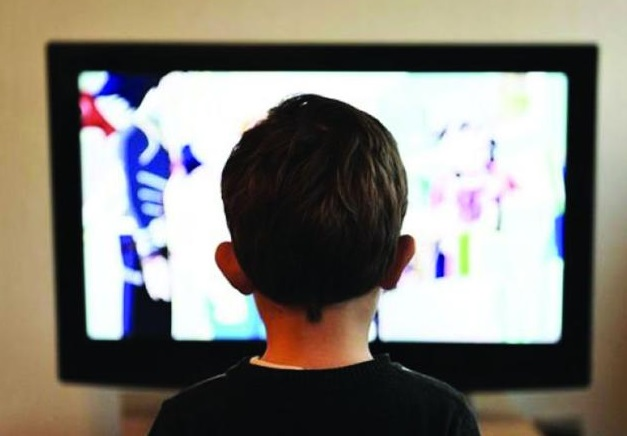 Do not let kids under five years of age watch Tv for more than 1 hour