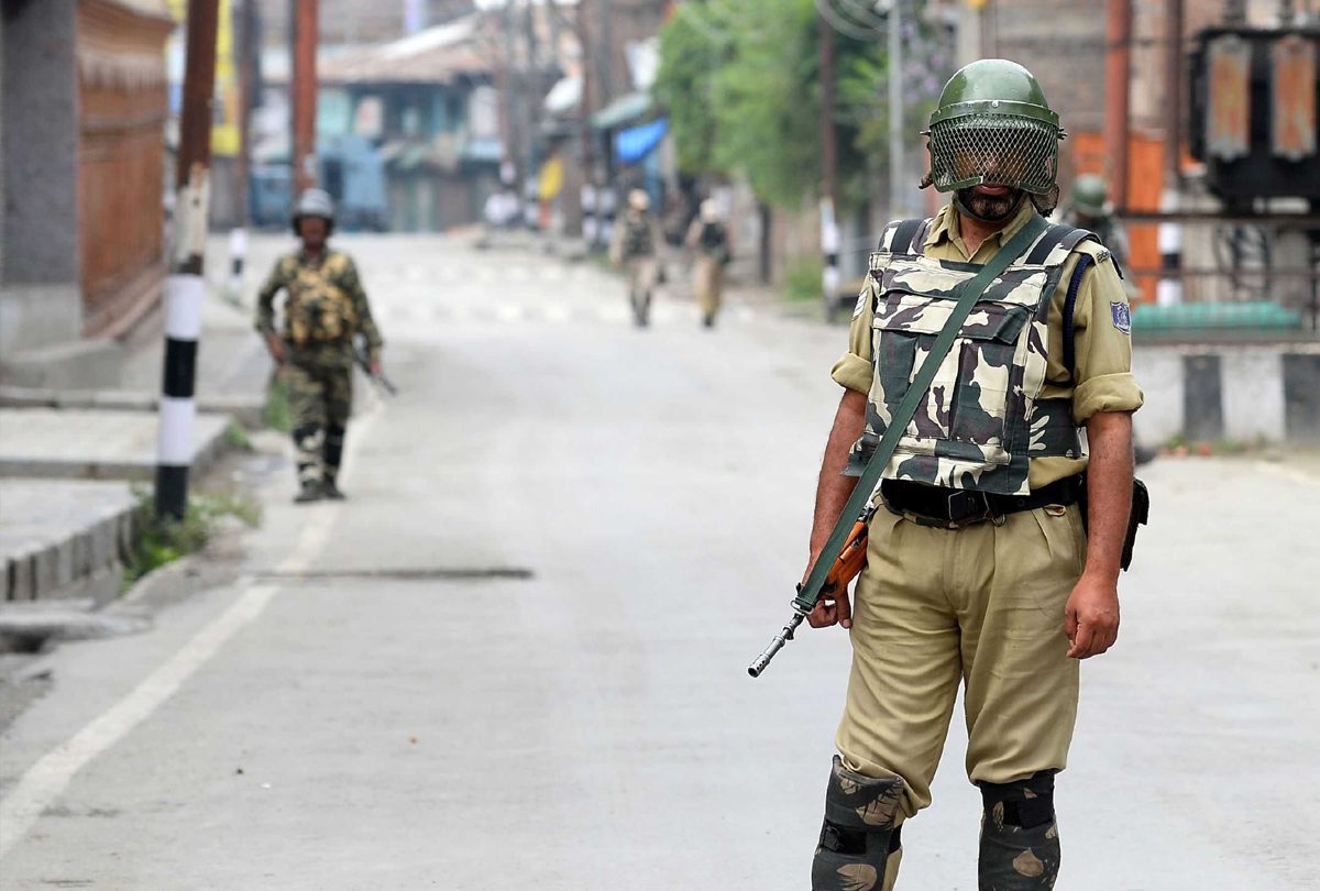 Curfew-like restrictions in several parts of Kashmir